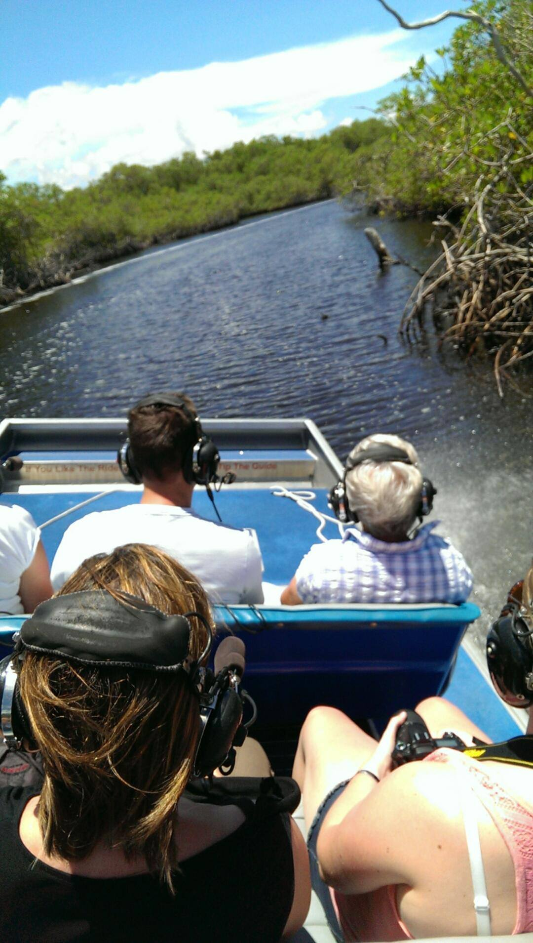 narrow-pic-airboat-cruising
