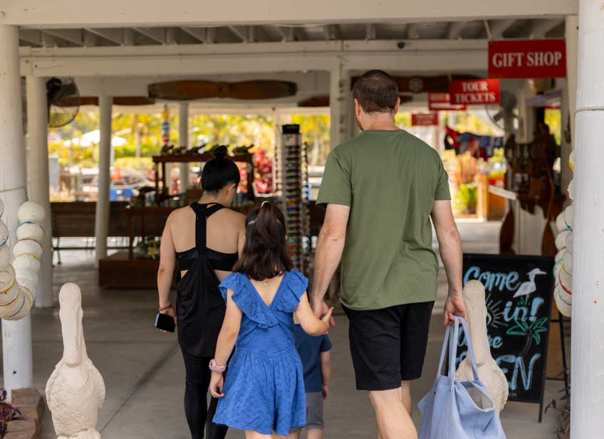Family walking into Everglades City Airboat Tours gift shop